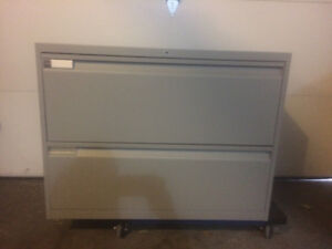 Teknion 2-Drawer / Two-Drawer Lateral File / Filing Cabinet