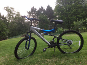 Supercycle Teen Bike great condition, all works very well, 24""