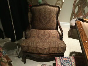 Elegant  Bergere Chair