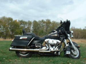 "1999  ""Like New"", Harley Davidson Electra Glide Classic For Sale"