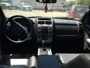2011 FORD ESCAPE XLT London Ontario image 13