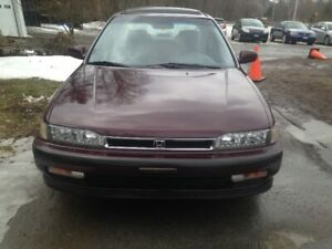 1990 Honda Accord EXR Classic Rare Find 167kms Certified!!