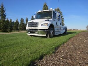 2007 Freightliner M2 Sport Chassis