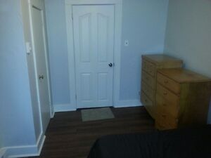 NICE BEDROOMS FOR RENT 2 MINUTES FROM UNIVERSITY OF MONCTON