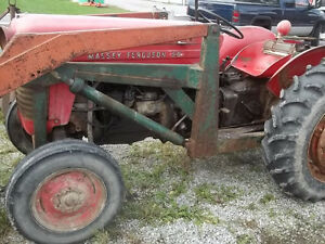 Massey Feruson 50 Gas with P.Steering Sarnia Sarnia Area image 2