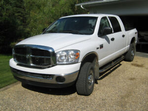 2009 Dodge Ram 2500 Heavy Duty Pickup Truck