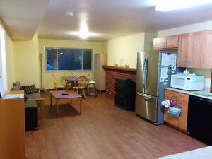 Furnished room for female roommate, BCIT/Metrotown ,Burnaby