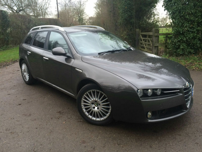 alfa romeo 159 lusso 2 4 jtdm estate in felsted essex. Black Bedroom Furniture Sets. Home Design Ideas