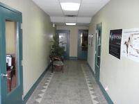 $400 TAX INCL!! SINGLE OFFICES --PRIME DIEPPE Location