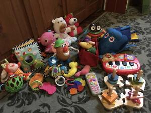 Lot de jouets amusants et éducatifs pour bébé