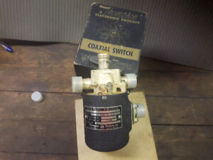 COAXIAL SWITCH 28 VOLTS  DC New