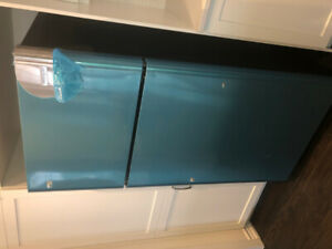 Our screw up, your gain! Brand New Frigidaire Satinless Steel