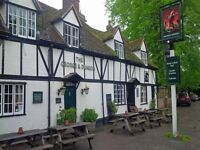 Chef/cooks required for Pub in Sutton Courtenay