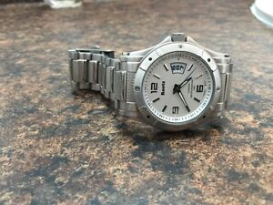 Roots stainless steel Men's watch