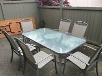 Beautiful patio table and chairs