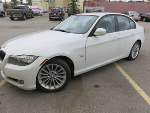 2011 BMW 3-Series 328i Xdrive Sport PKG and Cold Weather PKG