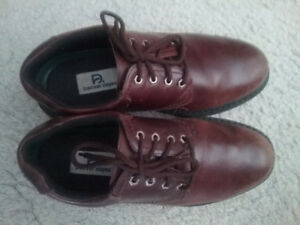 Men's medium brown dress shoes
