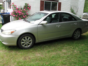 Toyota Camry XLE 2002 4 cyl. 2.4 Propre