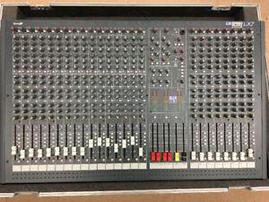 Soundcraft LX7 24-Channel Analog Mixer