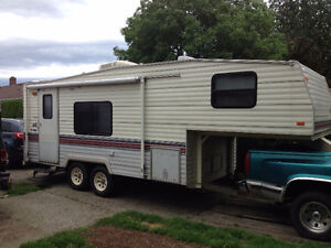 AFFORDABLE TRAVEL TRAILER FOR RENT ! DELIVERY,SET UP INCLUDED !