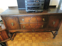 Commode (Buffet) antique:  175$