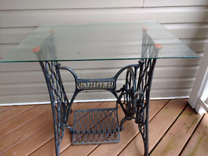 Antique sewing machine base with glass top - New price