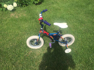 Tricycle pour enfant/Tricycle for kids