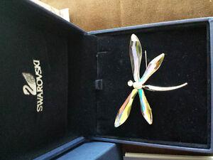 Swarovski Adiora Butterfly Brooche Kitchener / Waterloo Kitchener Area image 2