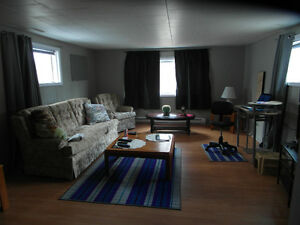One Bedroom Apartment in South Ward Gananoque