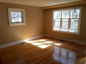 5 bedroom, 2 level flat beside NSCC on Halifax Peninsula