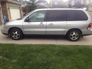 2001 Ford Windstar Sport Minivan, Van