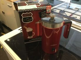 Milk frother and hot chocolate maker