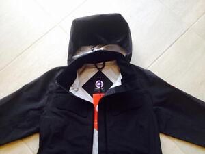 where to buy Canada Goose' jacket in mississauga