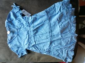 Oshkosh Light blue girls dress size 5T