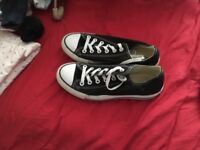 Converse all star black and white 6.5