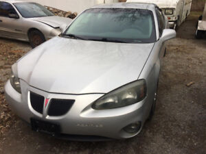 2005 Pontiac Grand Prix Wide Track Sedan