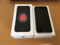 Apple Iphone SE 16GB -Grey/Black (Mint Condition)