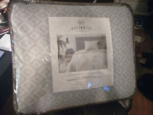 Brand New Twin Comforter and Sham (Pillow Case), $70 OBO