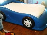 TWIN SIZED BED FOR KIDS