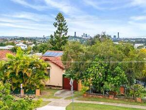 Air Conditioned Home with Large Back Yard - close Public Transpor Stafford Brisbane North West Preview