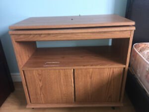 Tv stand or microwave stand $15 pick up today