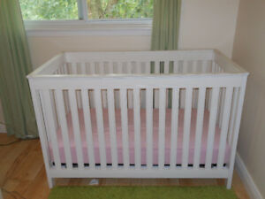 High quality crib from Sleepy hollow