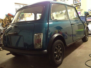 AUSTIN MINI MAYFAIR CLASSIC  POSSIBLE TRADE ??