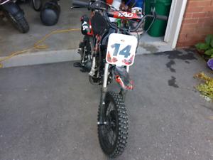 TAO dirt bike. 125cc.