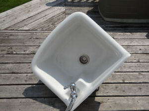 Laundry room sink with single lever faucet