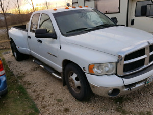 Saftied 2005 dodge 3500