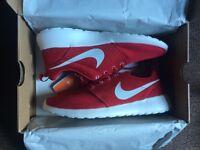 Nike Roshe runs size 7