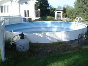 29 feet swimming pool to trade/piscine 29 pieds a échanger