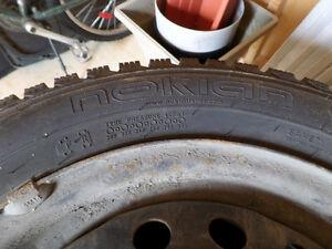4 pneus d'hiver NOKIAN 14 pouces