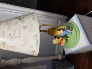 Collectible Vintage Winnie the Pooh lamp.